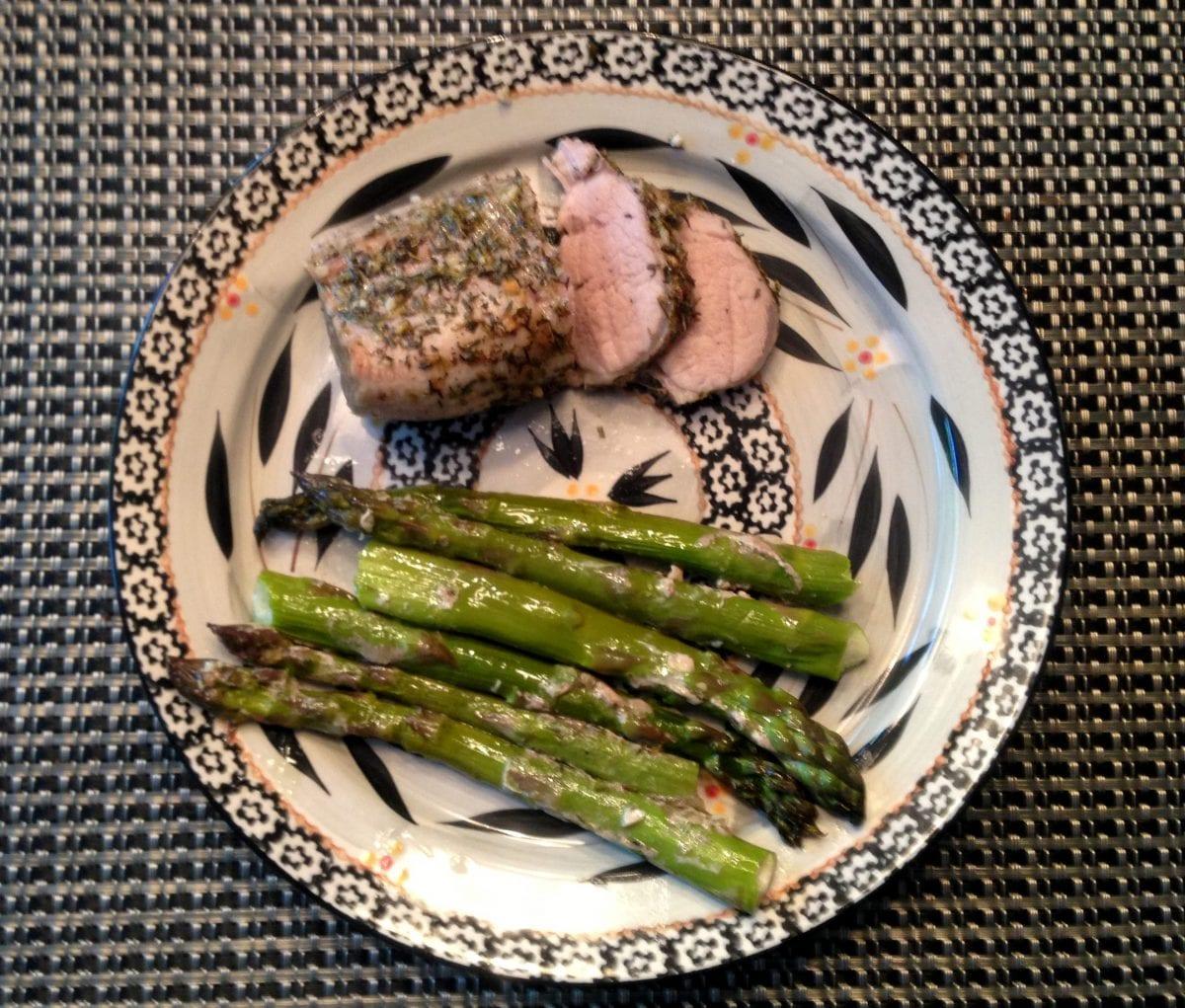 Pork Roast with Asparagus